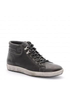 Boots Malcom