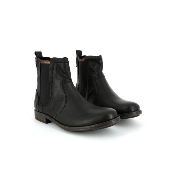 Boots Una